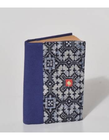 Cuaderno índigo bordado tamaño octavilla, Vietnam