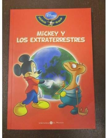 MICKEY Y LOS EXTRATERRESTRES. Serie Oro Disney.